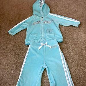 NWOT Adidas's velvet 2 piece baby track suit